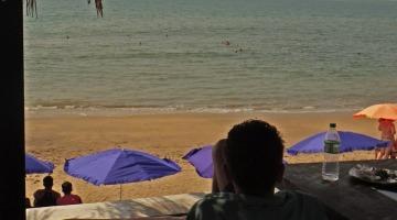 anjuna beach white elephant olli