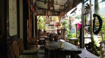 chiangmai funkydogcafe
